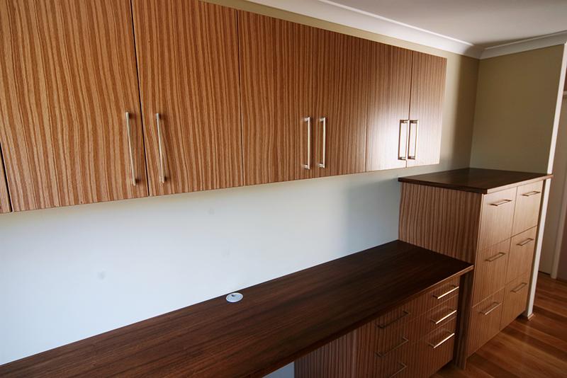 Custom cabinets perth carpentech cabinets perth wa for Kitchen cabinets perth